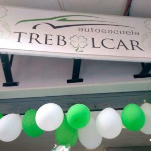 Autoescuela Trebolcar cumple su primer aniversario